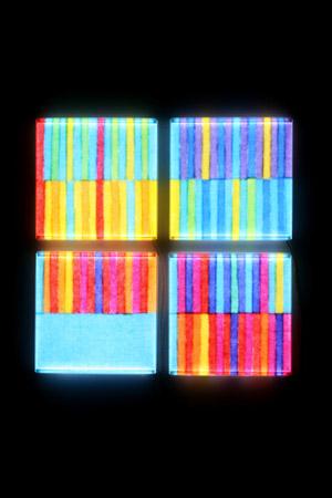 전가영_ColorNotation_lightpanel,koreanpape,dyeing,hand sewing 2007.jpg
