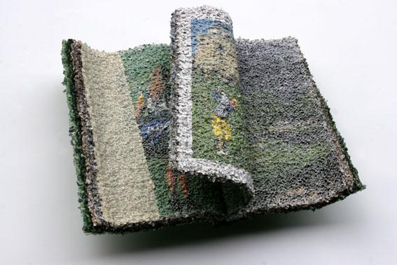 이지현_009NO2010 dreaming book-green,50x38x17cm,book,2009.jpg